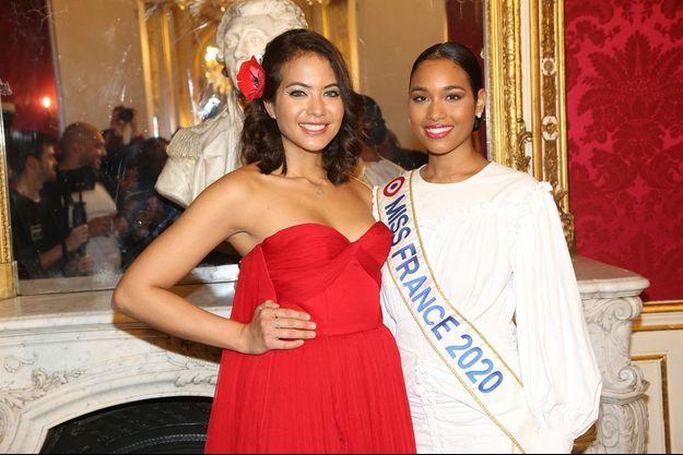 Vaimalama Chaves et Clemence Botino à la Fashion Week de Paris en janvier 2020.