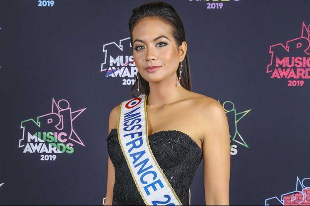 Vaimalama Chaves en novembre aux NRJ Music Awards, à Cannes.
