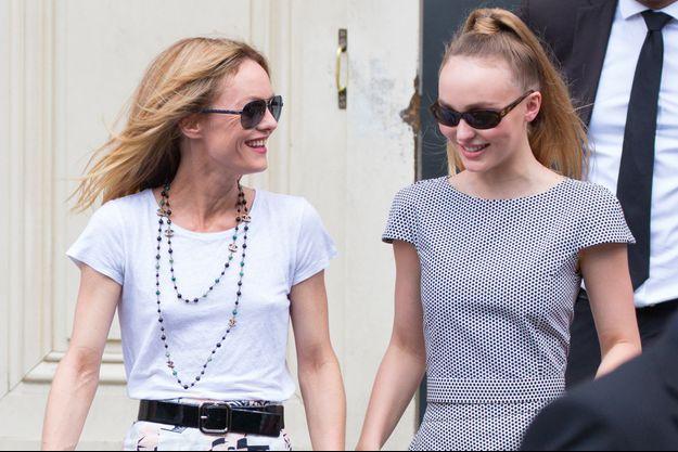 Vanessa Paradis et Lily-Rose Depp à Paris, en juillet 2018