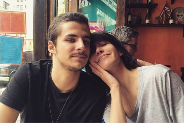 Vincent avec sa mère, Sophie Marceau, à New York en mai 2016.