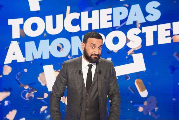 """Cyril Hanouna sur le plateau de """"TPMP"""" en 2017."""