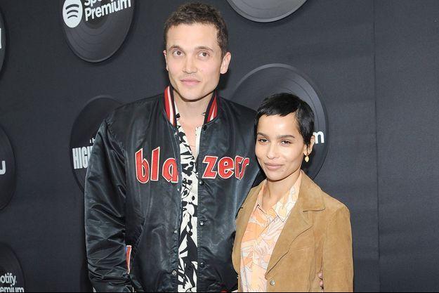 Karl Glusman et Zoë Kravitz en février 2020