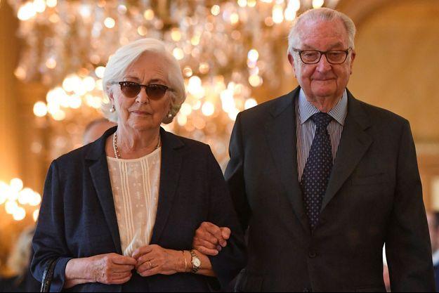 Le roi des Belges Albert et son épouse la reine Paola, à Bruxelles le 22 mai 2016.