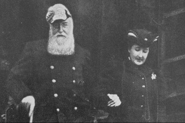 Le roi des Belges Léopold II avec sa maîtresse Blanche Delacroix, vers 1900