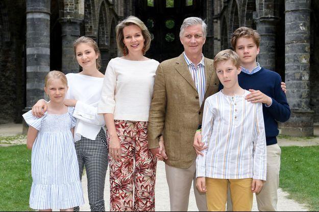 La reine Mathilde, le roi des Belges Philippe et leurs enfants à Villers-la-Ville, le 24 juin 2018
