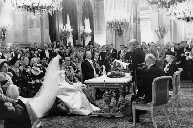 Mariage civil du roi des Belges Baudouin et de Fabiola de Mora y Aragon au Palais royal à Bruxelles, le 15 décembre 1960