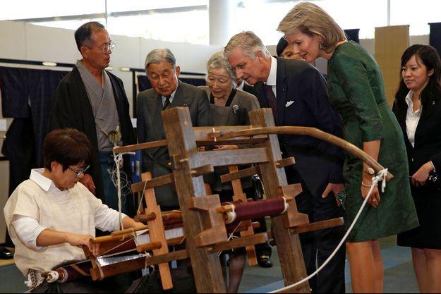 La reine Mathilde et le roi Philippe de Belgique avec l'impératrice Michiko et l'empereur Akihito du Japon à Yuki, le 12 octobre 2016