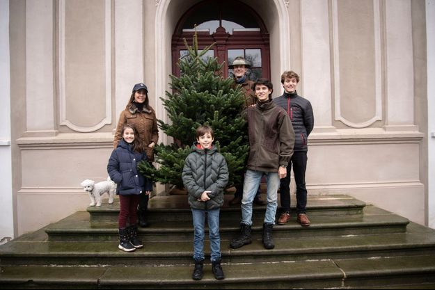 La princesse Marie et le prince Joachim de Danemark avec leurs enfants au château de Schackenborg, à Noël 2020