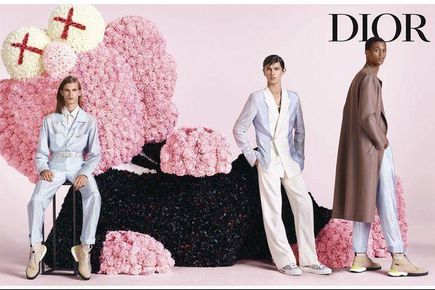 Le prince Nikolai de Danemark (au centre), un des modèles de la nouvelle campagne de Dior Homme. Photo diffusée le 29 octobre 2018
