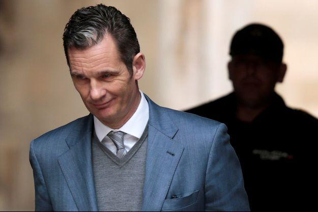 Inaki Urdangarin quitte le tribunal de Palma de Majorque, le 23 février 2017