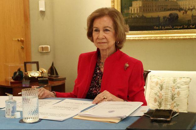 La reine Sofia d'Espagne durant une visio-conférence le 9 mars 2021