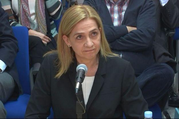 L'infante Cristina d'Espagne lors de son auditon dans le procès Noos, à Palma de Majorque le 3 mars 2016