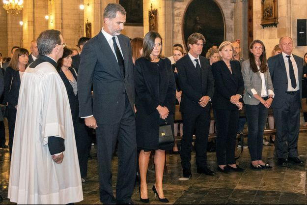 La reine Letizia et le roi Felipe VI d'Espagne à Manacor sur l'île de Majorque, le 17 octobre 2018