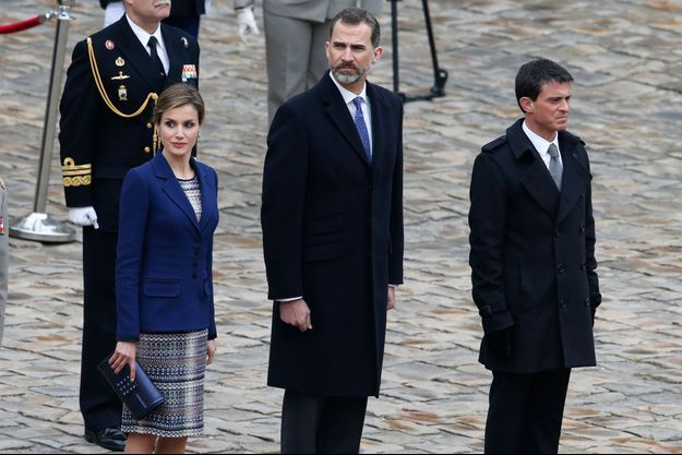 Letizia et Felipe, reçus officiellement aux Invalides à midi par le Premier ministre Manuel Valls.