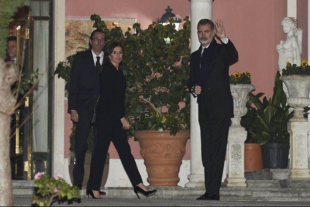 La reine Letizia et le roi Felipe VI d'Espagne au domicile de l'infante Pilar à Madrid, le 8 janvier 2020