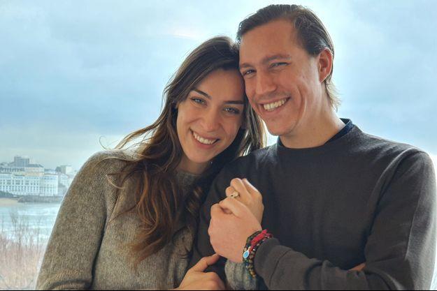 Le prince Louis de Luxembourg avec sa fiancée Scarlett-Lauren Sirgue. Photo diffusée le 6 avril 2021