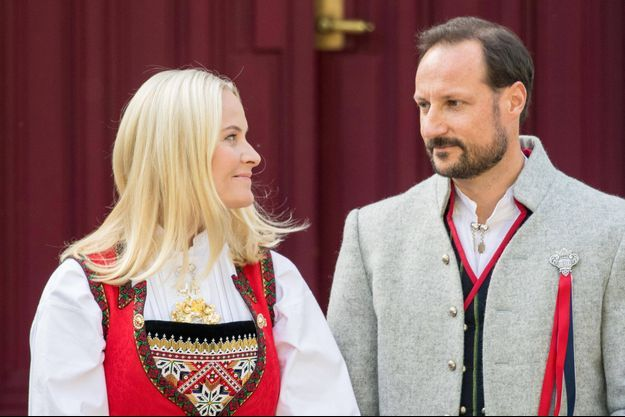 La princesse Mette-Marit et le prince Haakon de Norvège, le 17 mai 2019