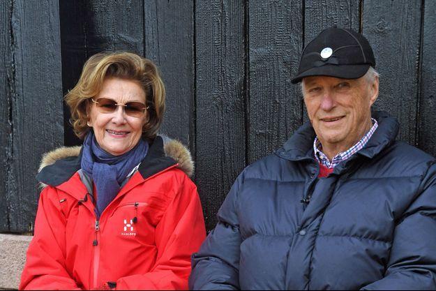 La reine Sonja et le roi Harald V de Norvège, le 3 avril 2020