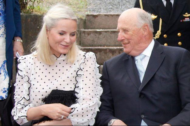La princesse Mette-Marit et le roi Harald V de Norvège, le 7 juin 2016