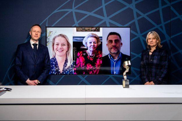 Les princesses Mabel et Beatrix des Pays-Bas à la cérémonie virtuelle du Prix de l'ingénieur Prince Friso, le 17 mars 2021