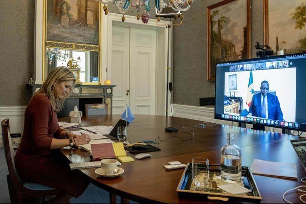La reine Maxima des Pays-Bas en visite virtuelle au Sénégal depuis La Haye, le 21 janvier 2021