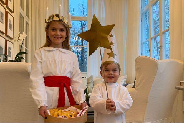 La princesse Estelle et le prince Oscar de Suède à Stockholm, le 13 décembre 2018