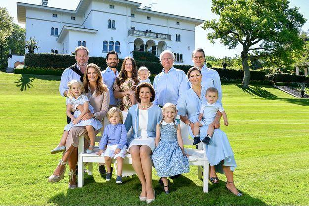 La famille royale de Suède au château de Solliden, le 15 juillet 2017