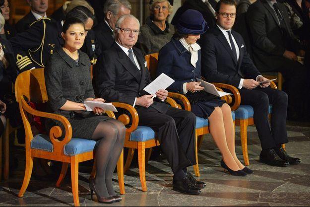 La famille royale de Suède à la cérémonie commémorative pour les victimes du tsunami à la cathédrale d'Uppsala, le 26 décembre 2014