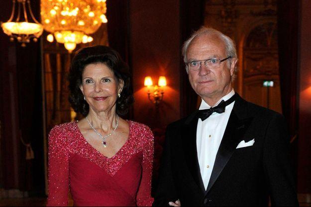 Le roi Carl XVI Gustaf et son épouse Silvia
