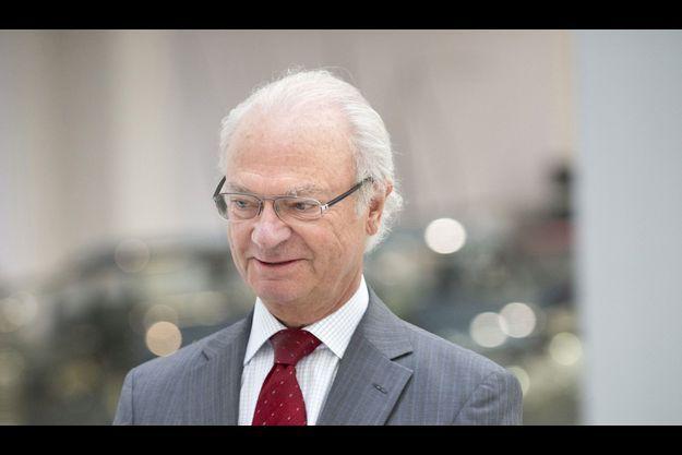Le Roi Carl Gustaf a annoncé qu'il paiera le mariage de sa fille par des fonds privés.