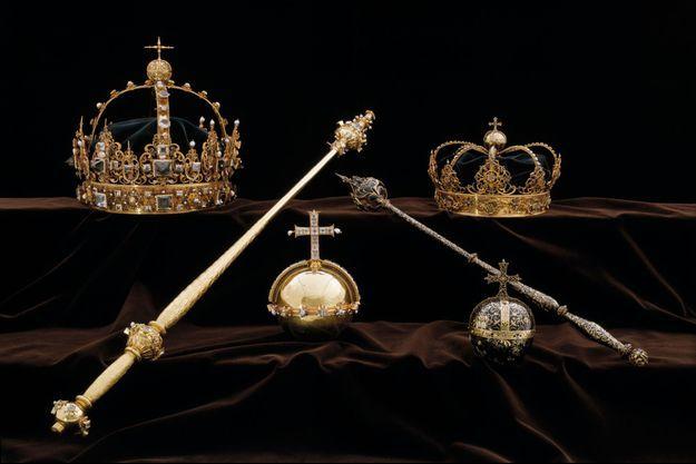 Les couronnes et l'orbe (au centre) du roi Karl IX de Suède et de la reine Kristina dérobés dans la cathédrale de Strängnäs en juillet 2018