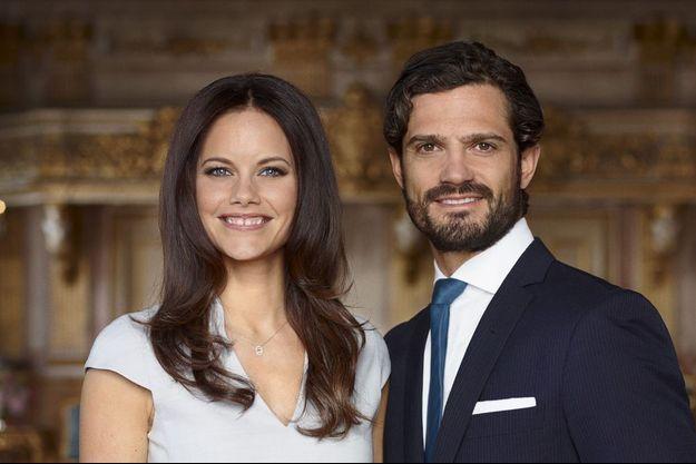 Le prince Carl Philip de Suède et sa fiancée Sofia Hellqvist