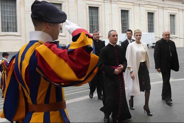 La princesse Charlène de Monaco à son arrivée pour son intervention à la 30e conférence internationale du Conseil pontifical pour la Pastorale de la santé au Vatican, le 21 novembre 2015