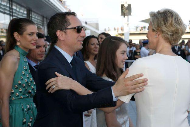 Charlotte, Gad et Charlène le 20 juin à l'inauguration du nouveau Yacht Club de Monaco.