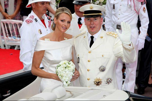 Le prince Albert II de Monaco et Charlène Wittstock, le 1er juillet 2011