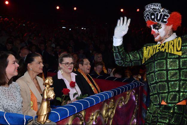 La princesse Stéphanie de Monaco et ses filles Pauline Ducruet et Camilla Gottlieb lors du 44e Festival international du cirque de Monte-Carlo à Monaco, le 19 janvier 2019