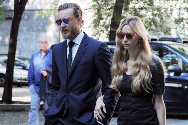 Pierre Casiraghi et son épouse Beatrice Borromeo aux obsèques de la comtesse Marta Marzotto à Milan, le 1er août 2016