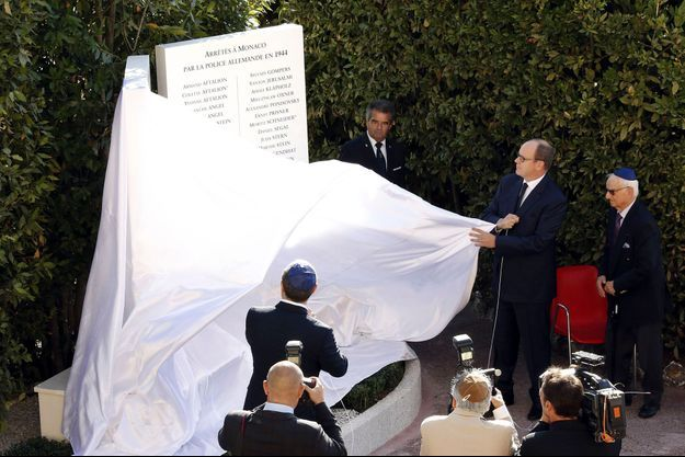 Albert II de Monaco lors de la cérémonie.