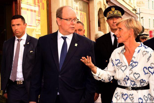 Le prince Albert II de Monaco avec la maire de Romans-sur-Isère, le 12 septembre 2019