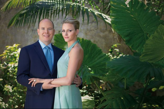 Le prince Albert II de Monaco et Charlène Wittstock, détail du portrait diffusé pour l'annonce de leurs fiançailles, le 23 juin 2010