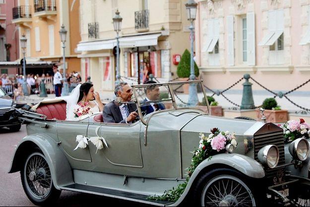 L'arrivée de Marie Chevallier à la cathédrale de Monaco.