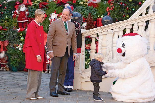 Au Palais princier, le 14 décembre. Le petit prince part à la rencontre du bonhomme de neige…