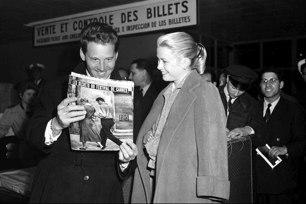 Grace Kelly avec l'acteur français Jean-Pierre Aumont au Festival de Cannes en 1955