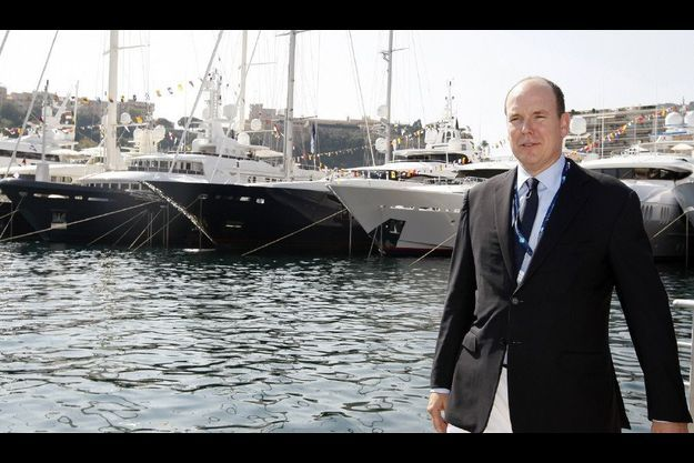 Malgré sa fortune, Albert II Monaco reste un homme seul.