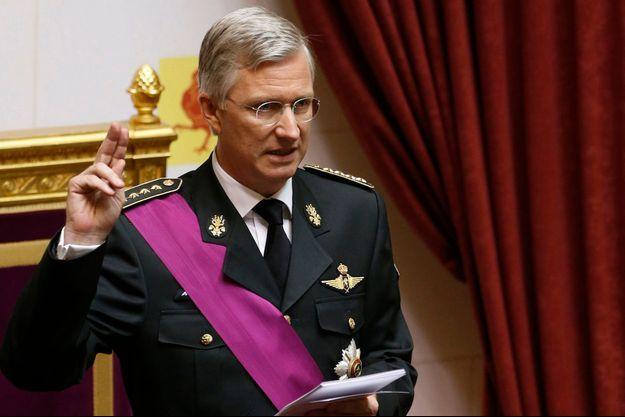 Le roi Philippe au moment où il a prêté serment, dimanche.