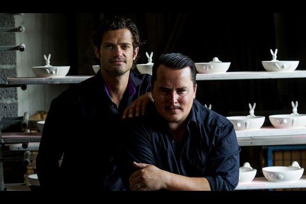 Carl Philip et son associé Oscar Kylberg forment le duo de designer Bernadotte et Kylberg.