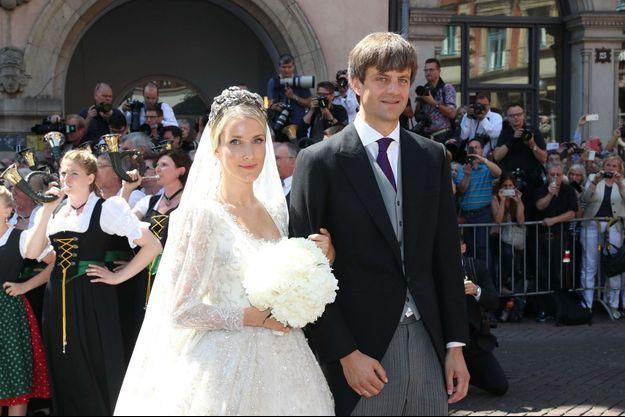 Ekaterina Malysheva et le prince Ernst August de Hanovre junior le 8 juillet 2017, jour de leur mariage religieux à Hanovre