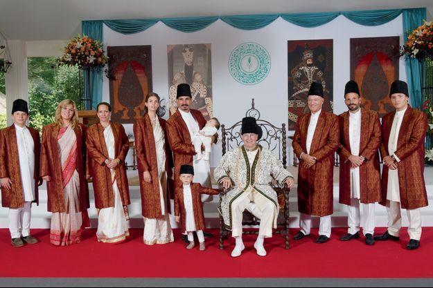 L'Aga Khan célèbre son jubilé de diamant avec sa famille, le 11 juillet dernier.
