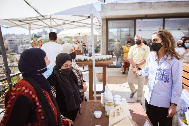 La reine Rania de Jordanie à Amman, le 21 juin 2021