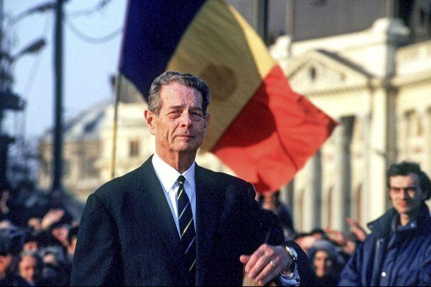 L'ancien roi Michel de Roumanie de retour à Bucarest en mars 1997, après 50 ans d'exil